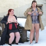 2 Lesben im Schnee 2