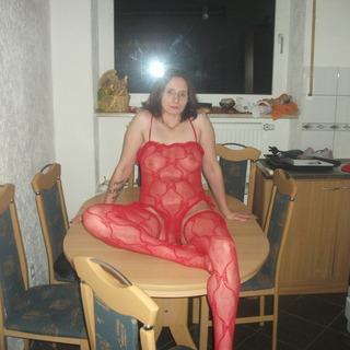 Geile rote wäsche